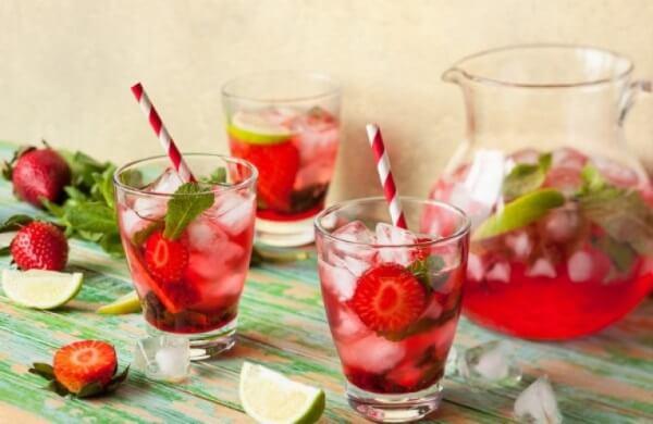 лимонад из клубники