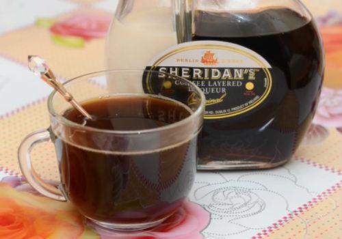 шеридан с кофе