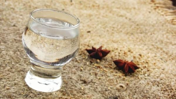 водка в рюмке