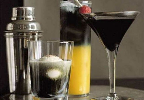 коктейль с черной водкой