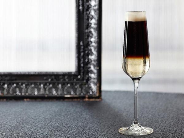 коктейль чёрный бархат